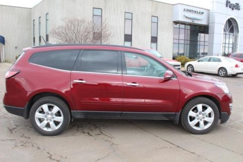 Pre-Owned 2016 CHEVROLET TRAVERSE LT ALL WHEEL Sport Utility